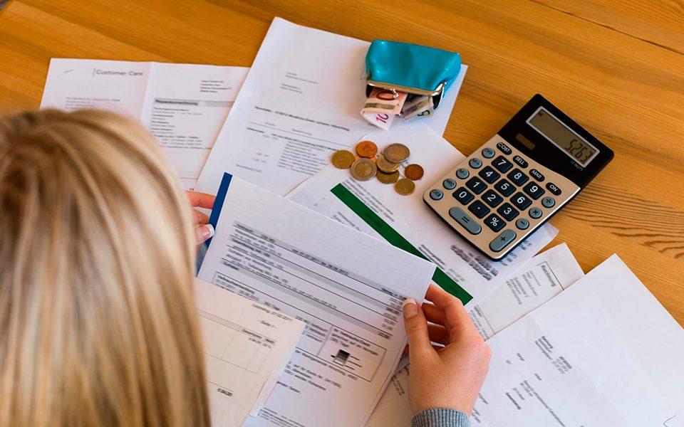 Problemas financeiros: 10 dicas para você quitar suas dívidas